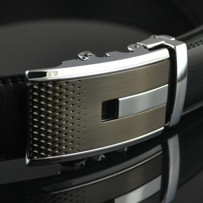 Elegantný pánsky opasok s automatickou prackou AC43