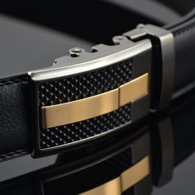 Elegantný pánsky opasok s automatickou prackou AC34