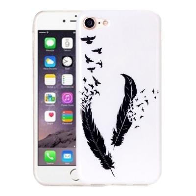 Ochranný plastový kryt pre iPhone 7 - Black Feather