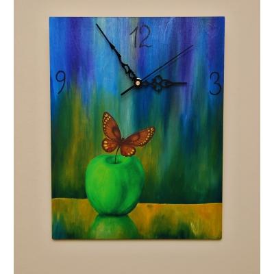 Ručne maľované originálne hodiny Butterfly in the Kitchen